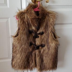 Tucker & Tate faux fur vest
